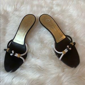 St. John black & white sailor knot sandals 6.5